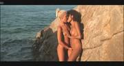 Zgrabne suczki na plaży