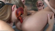 Zamaskowane seks lesbijki
