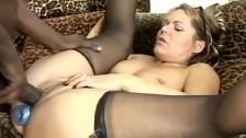 Czekoladowy penisek w jej gorącej muszelki