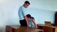 Lodzik w sali szkolnej