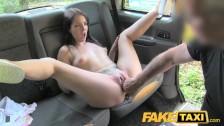 Hiszpanka w taksówce