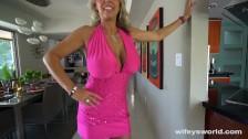 Seksowna dama w różowej sukience