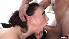 Mandy Muse jest posuwana w usta