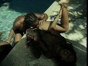 Grupowe porno przy basenie