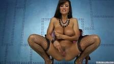 Lisa Ann i jej opalone ciało