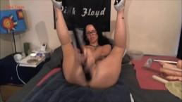 Zwariowana masturbacja szalonej amatorki