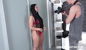 Porządny seks z krągłą modelka