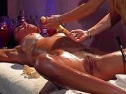 Porno masaż